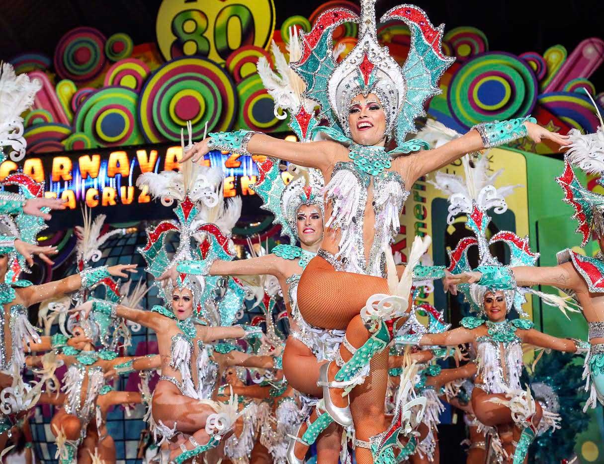 Resultado de imagen de Fiestas abona el primer pago a los grupos por su participación en el próximo Carnaval